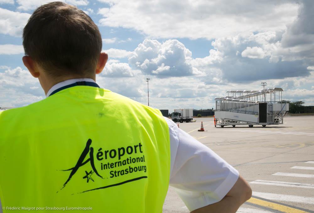 Le personnel de l'aéroport de Strasbourg mobilisé pendant le confinement pour les vols sanitaires