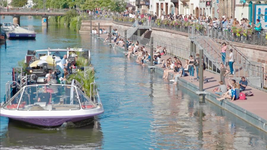Concerts flottants organisés par Batorama pour la fête de la musique 2020