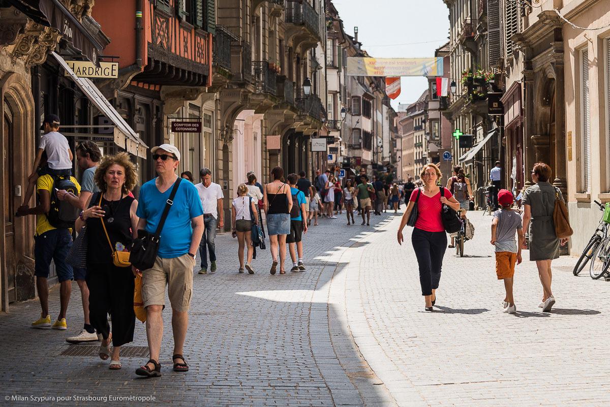 Les rue animées de Strasbourg © Milan Szypura