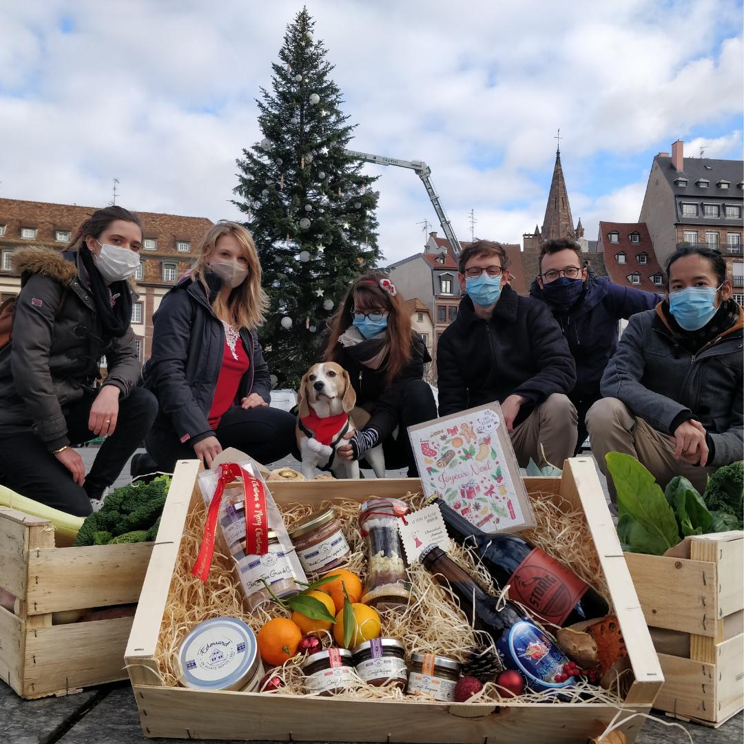 L'équipe de Marmelade Alsace qui assure les livraisons du marché de Noël OFF à Strasbourg